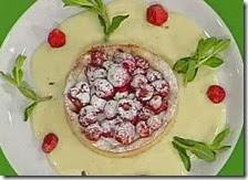 Crostatina di ricotta e fragoline con crema alla vaniglia
