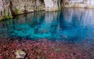 Amazing underwater colours in the cave of pirate Haxhi Aliu