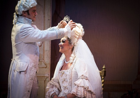 IN REVIEW: Tenor ANDREW OWENS as Don Ramiro (left) and mezzo-soprano SANDRA PIQUES EDDY in the title rôle (right) in Greensboro Opera's production of Gioachino Rossini's La Cenerentola, August 2015 [Photo © by Artisan Images/David Wilson, used with permission]