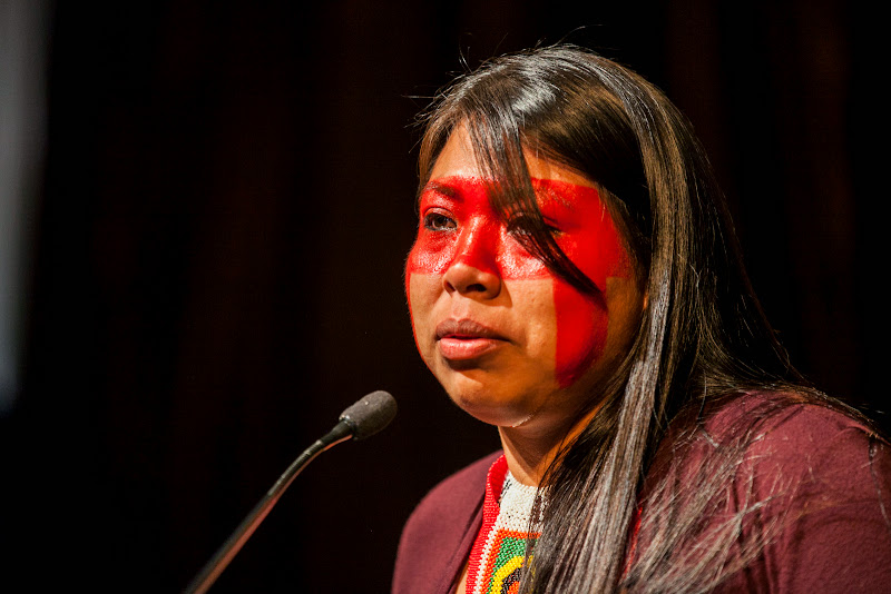 Mayalu Txucarramãe, indigenous woman leader of Brazil's Mebêngôkre and Waura ethnicities working to defend her people in the the Xingu River Basin in the Brazilian Amazon from destructive mega-dams includng the Belo Monte Dam. September 25, 2013; San Francisco, CA, USA; Photo by Eric Slomanson / slomophotos.com