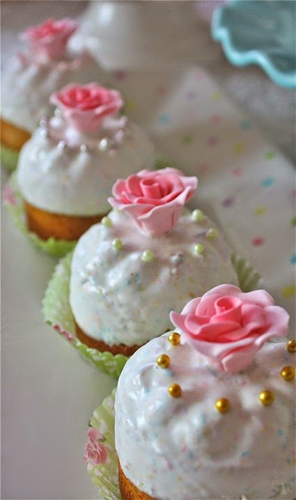 mothers day cakes 008