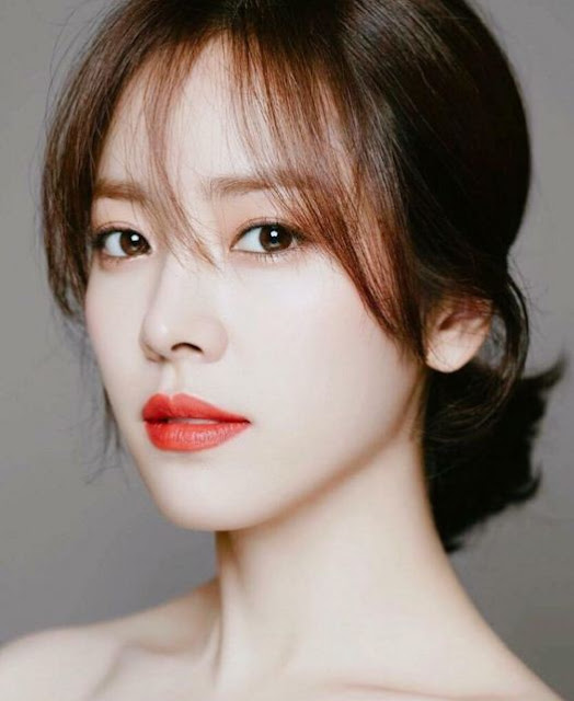 Han_Ji_Min_with_the_Most_Beautiful_Brown_Eyes
