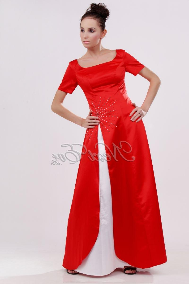 gown with short sleeves