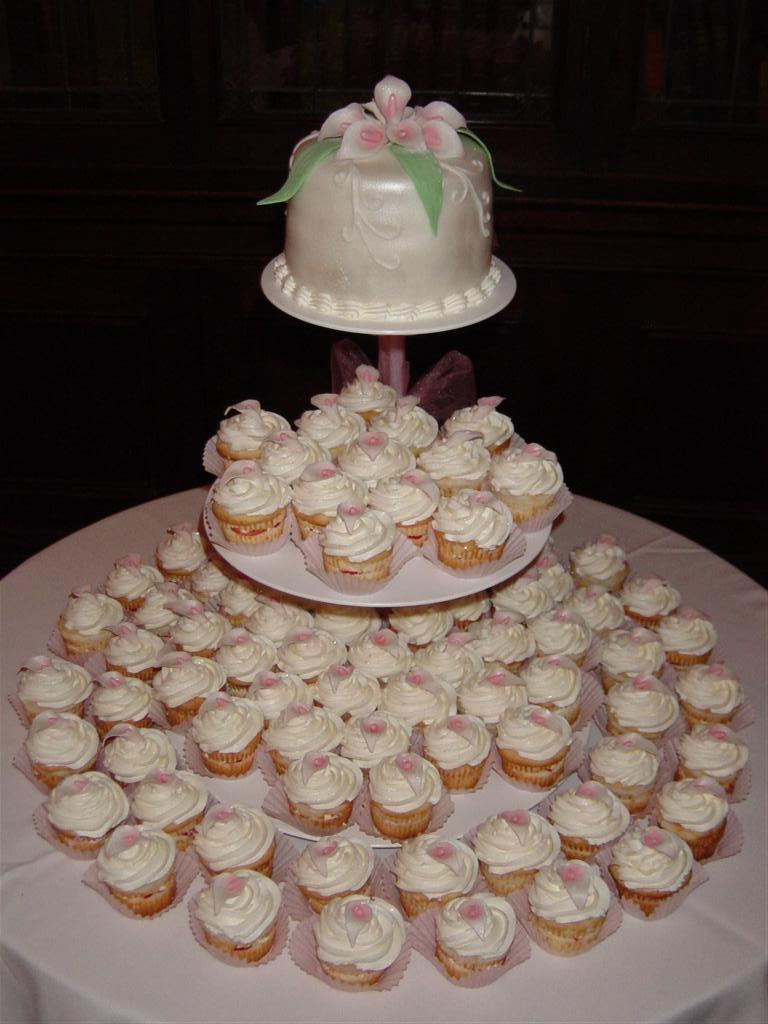 wedding cupcake cakes pics