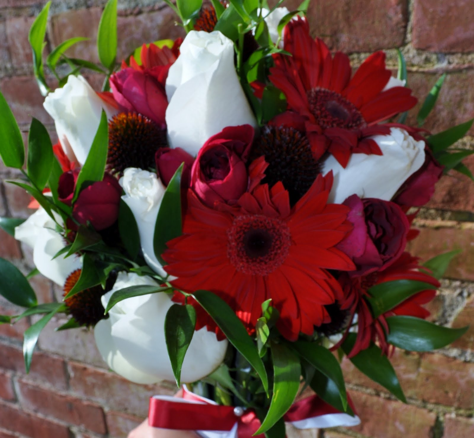 Taris Blog Gerbera Wedding Flowers