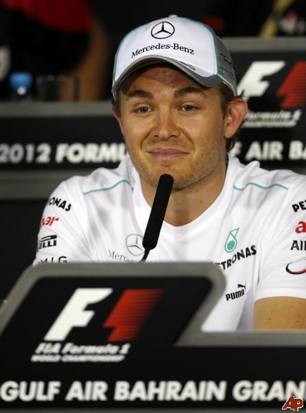 Нико Росберг на пресс-конференции в четверг на Гран-при Бахрейна 2012