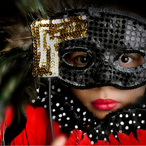 mask by Yoeyoed . - People Portraits of Women ( topeng, wanita,  )