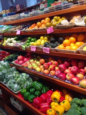 fresh fruit, market