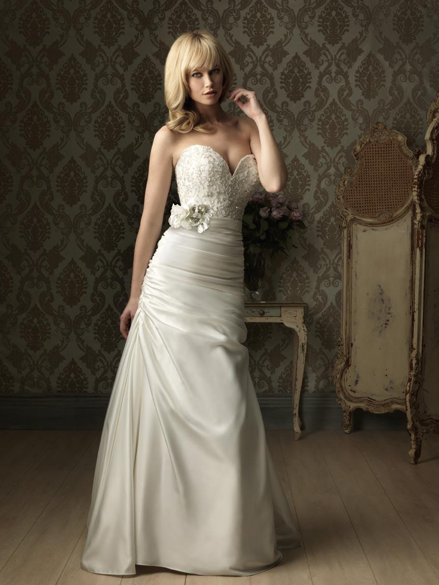 Fitted A line Wedding Gown