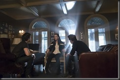vampire-diaries-season-7-mommie-dearest-photos-6