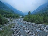 Hoch zum Colle del Nivolet. Er liegt im Nationalpark Gran Paradiso im Piemont, nord-westlich von Turin und ist nur über eine Sackstraße aus der Po-Ebene heraus durch das Valle di Locana anfahrbar.