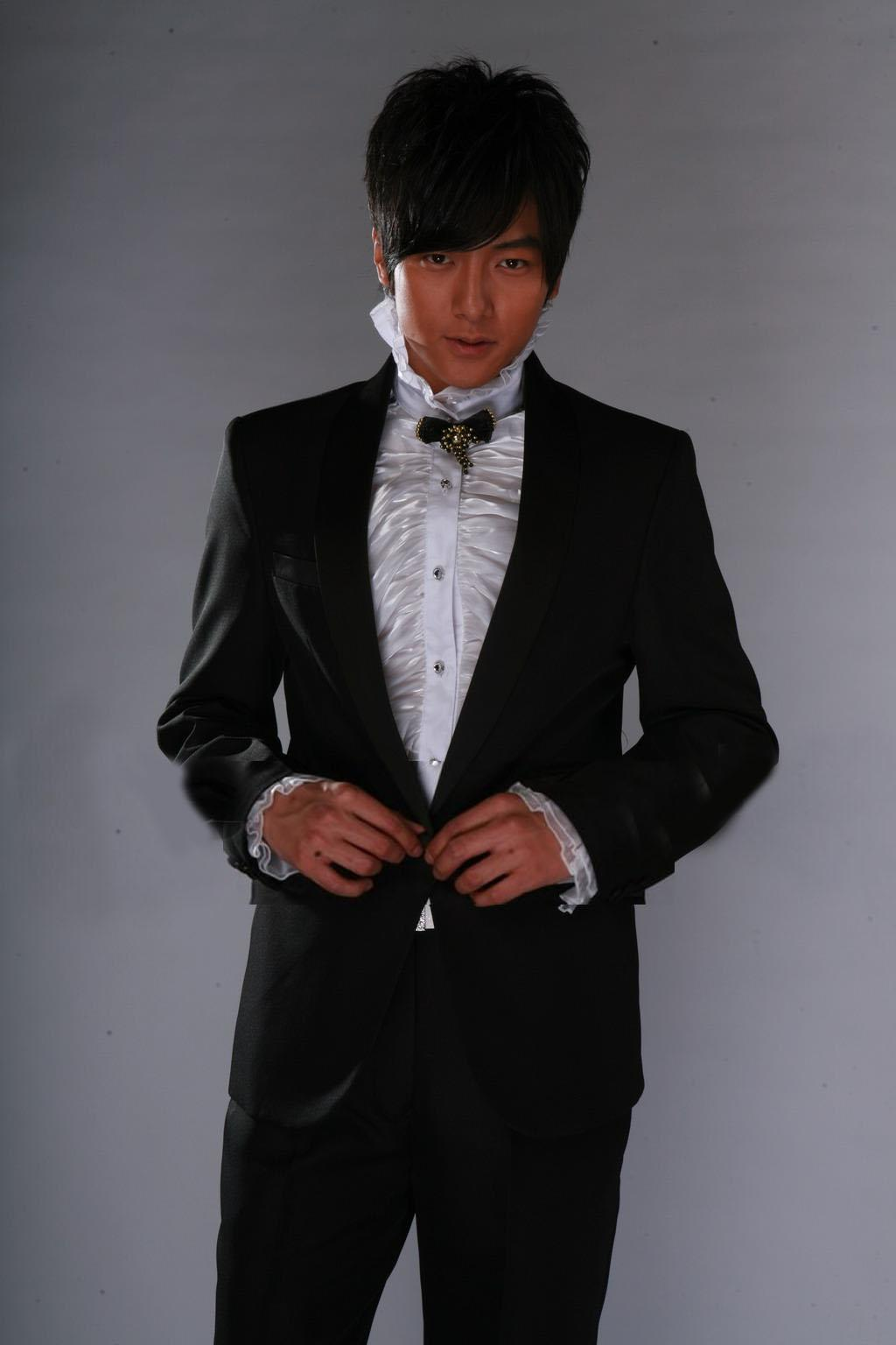 wedding tuxedos  Fashion One