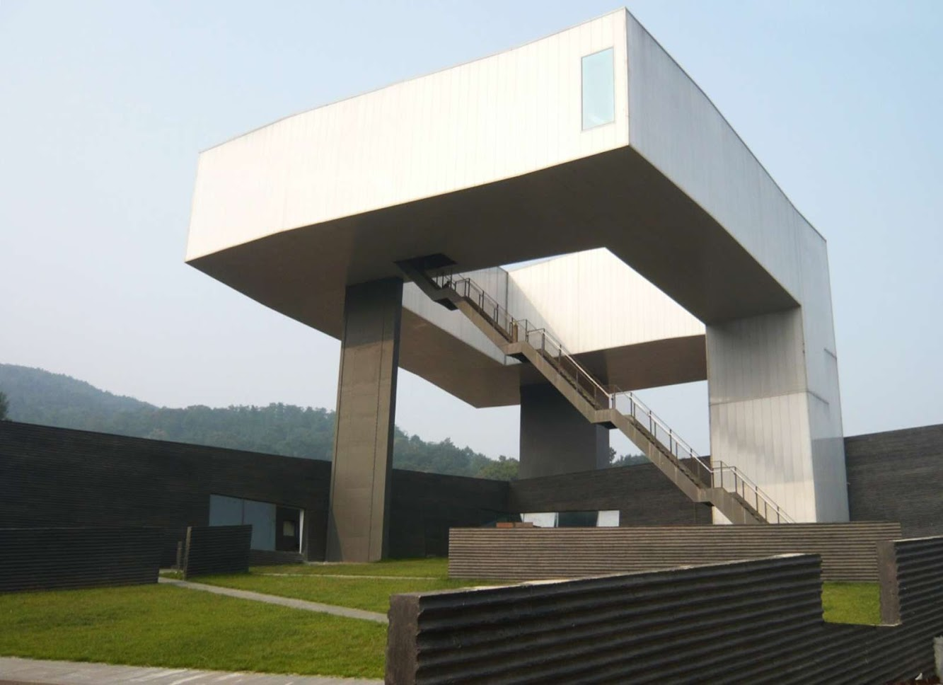 Sifang Art Museum by Steven Holl