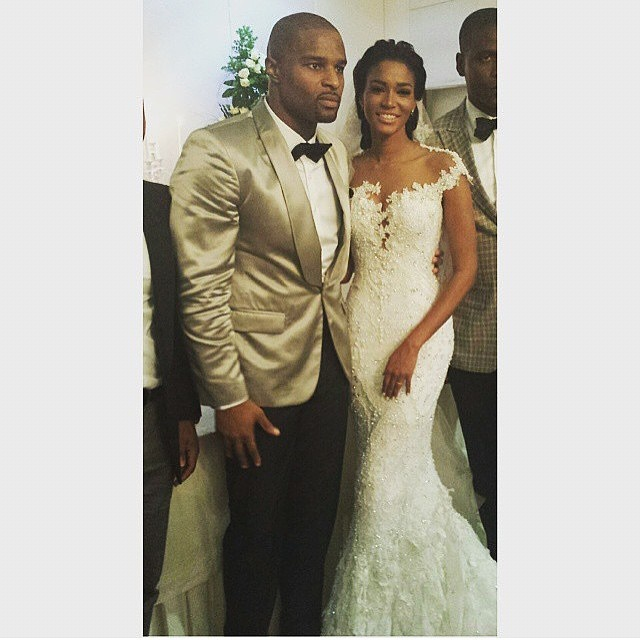 Former Miss Universe LeiLa Lopes, And NFL Star Osi Umenyiora Tie The Knot!