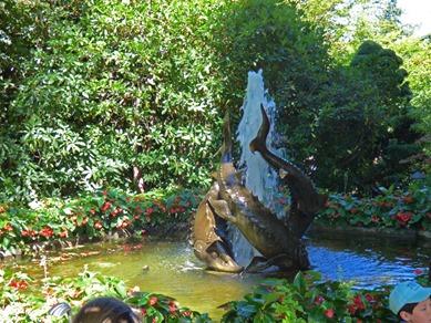 Sturgeon Fountain, Butchart Gardens