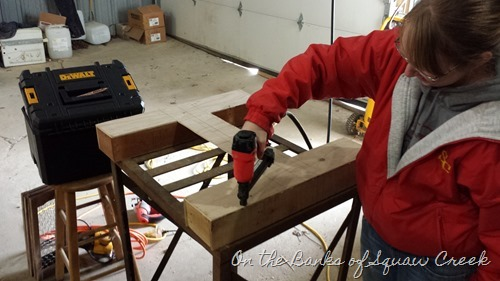 how to build a letter shelf
