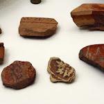 Fragments de poterie provenant d'Arezzo (Latium). Découverts à Virampatnam-Arikamedu. 1er s. MA 2507, MA 2509 à MA 2513.