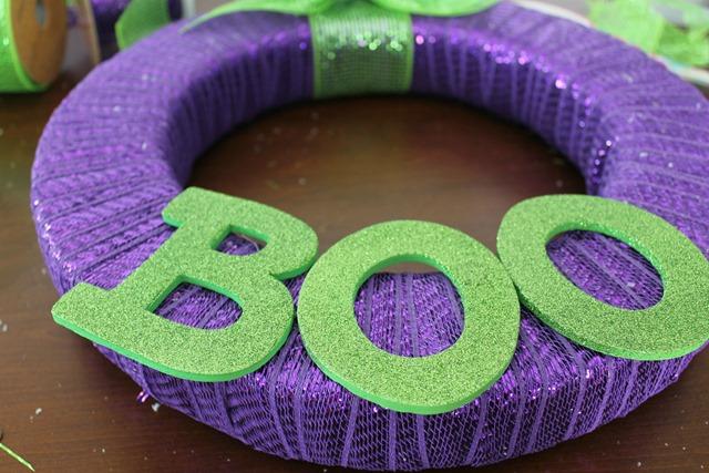 boo wreath2