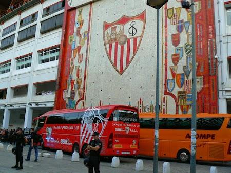 07. Stadionul Ramon Sanchez Pizjuan din Sevilla.JPG