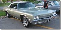 %2772_Buick_Centurion_(Auto_classique_Jukebox_Burgers_%2711)