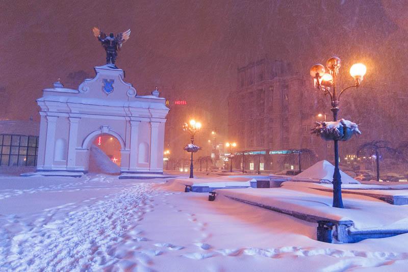 http://lh3.googleusercontent.com/-DOQF5zdI2rE/UU68xmlyBMI/AAAAAAAAFOU/t1u3ivJ40K0/s800/20130322-222608_Kiev.jpg