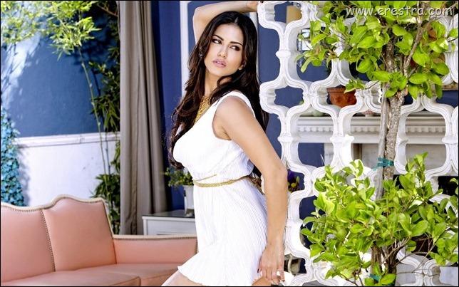 Sunny Leone 13.