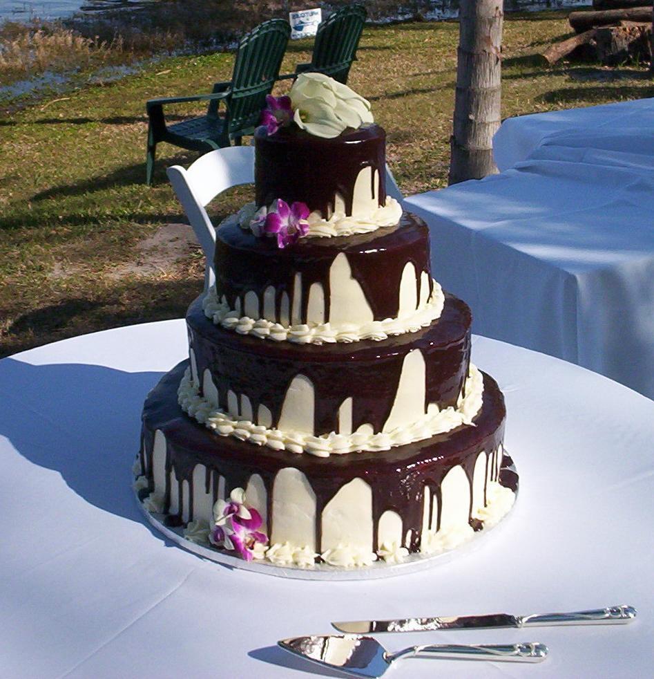 80 . Wedding Cake final.