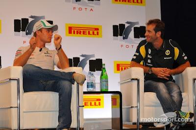 Нико Росберг и Ярно Трулли на форуме FOTA в Монце на Гран-при Италии 2011