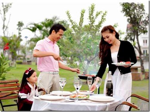 mua-ban-nha-dat-Vuon-nuong-BBQ-ben-song--khong-gian-thu-gian-va-doan-vien-lang-man-1dcbb