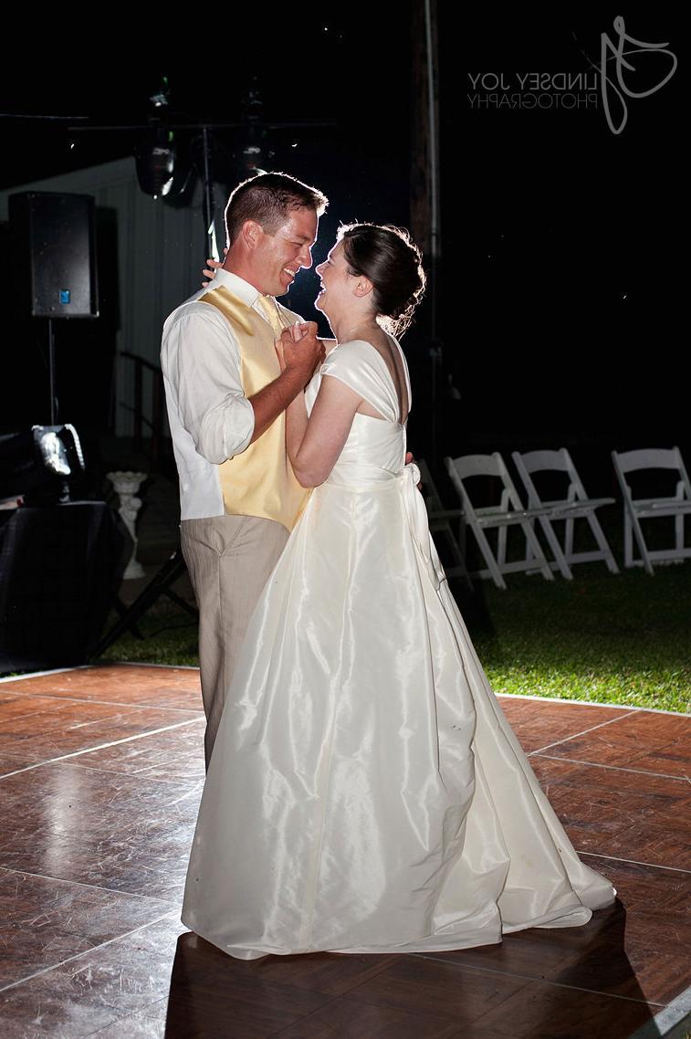 LAKE TAWAKONI WEDDING