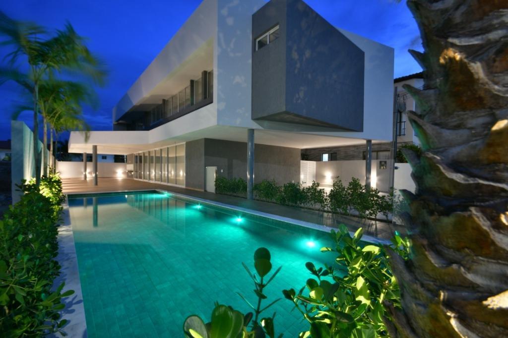 Casa com 4 dormitórios à venda, 300 m² por R$ 1.700.000 - Portal do Sol - João Pessoa/PB