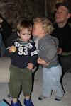 Joris geeft Senne een kusje!