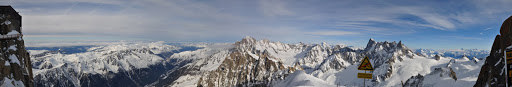 Panoramic view of the Alps from the Aiguille du Midi