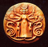 Hecate Medalion