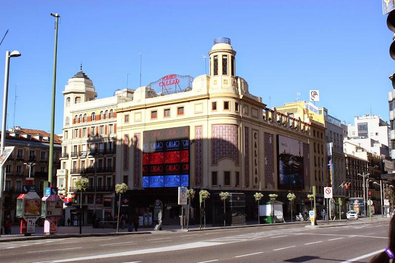 Puerta del sol plaza mayor plaza de oriente plaza for Puerta 7 campo de mayo