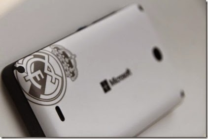Ponsel Lumia 430 Edisi Ream Madrid