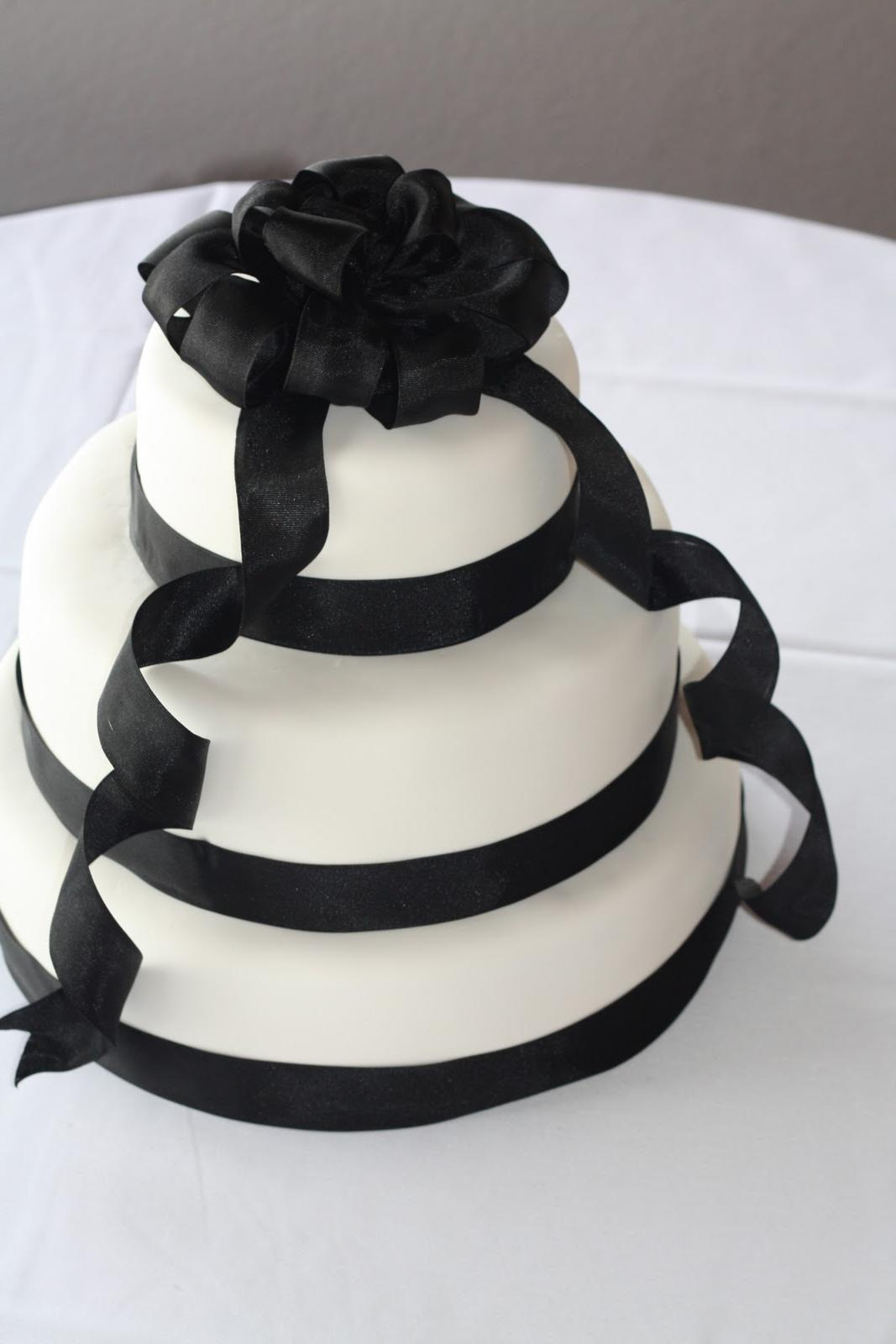 blue and black wedding cake