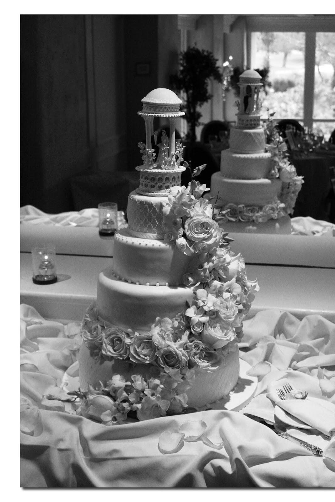 create their wedding cake