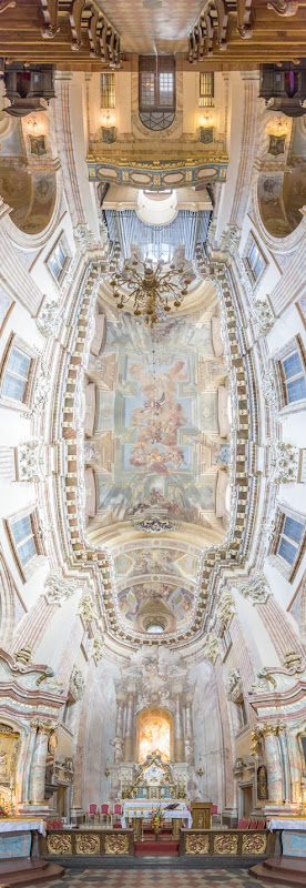 Vertical-Churches-from-around-the-World1__880