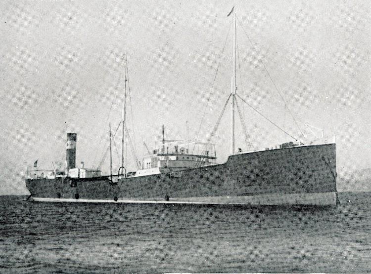 El pontón EBROS. Del Libro Campsa. 1928-1932.jpg