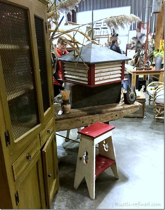 blue-moon-vintage-market-antiques-salvage-for-sale