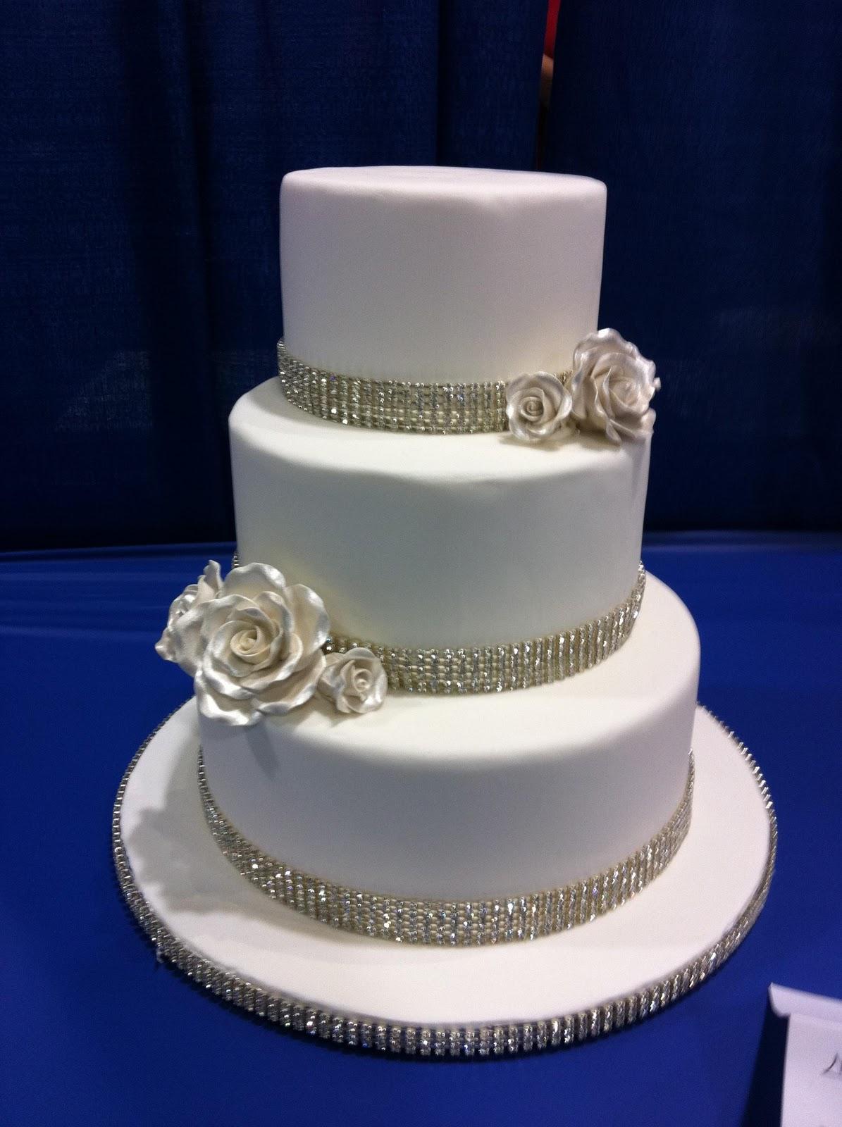 Orange and blue wedding cakes: