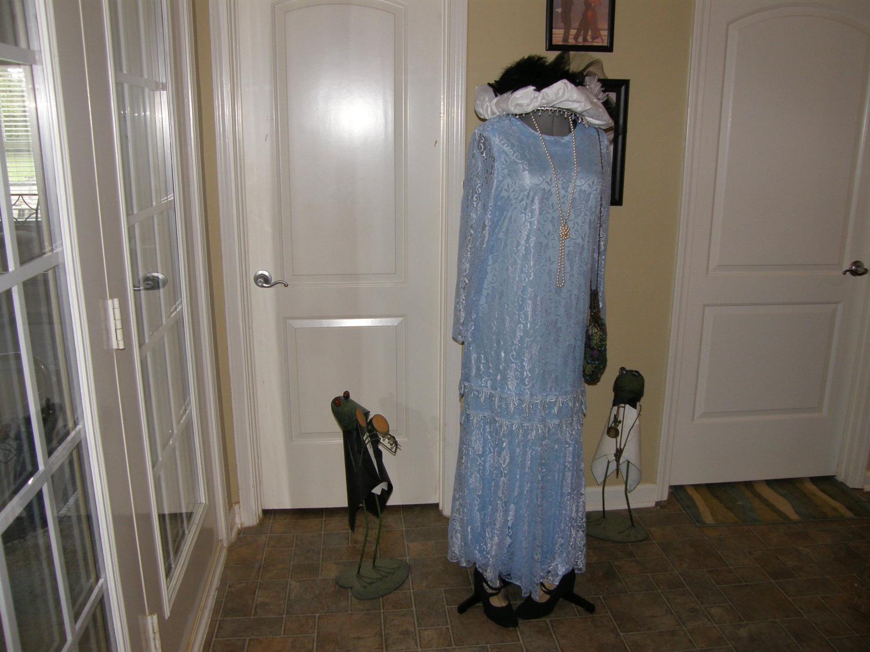 Ladies Long Dress Roaring