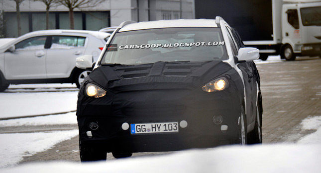 Shots: Hyundai's ix35 Ready for its First Facelift, Tucson to Follow