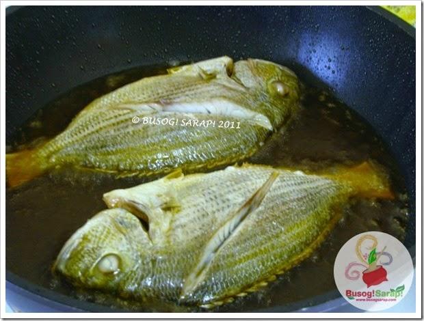FRIED FISH STEP 1© BUSOG! SARAP! 2011