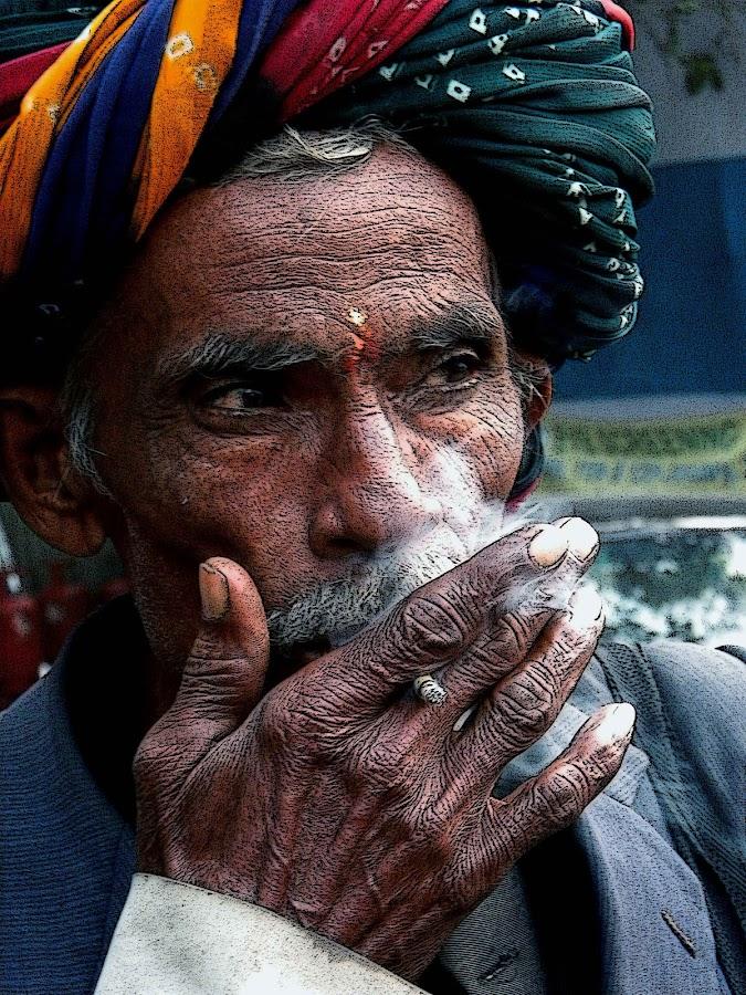 ADDICTED................. by Arunabha Kundu - Professional People Factory Workers ( soham, pratiki, arijit, arnab, dipankar )