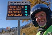 Bei Cortina d'Ampezzo. So gefällt mir das - alle Pässe grün und offen...
