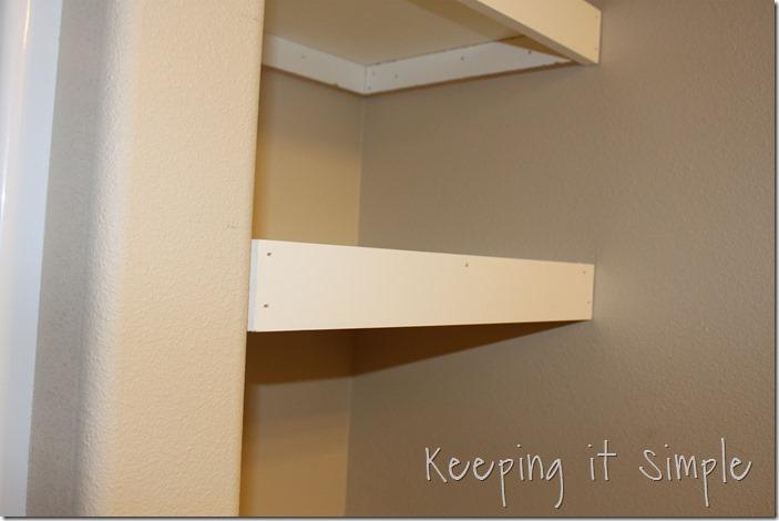 DIY-Shelves-For-A-Small-Bathroom (11)