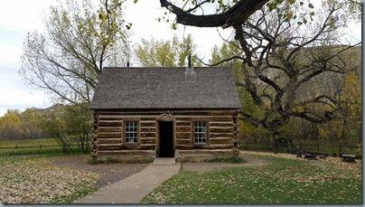 TR's cabin1