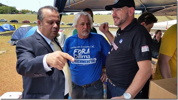Rogério apoia manifestantes 4